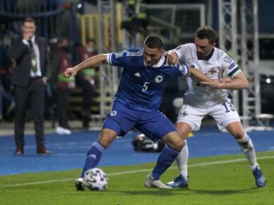 Calcio, cresce il numero dei positivi al Covid nella Bosnia: dopo Sehic anche Kolasinac è out, ma il match si giocherà