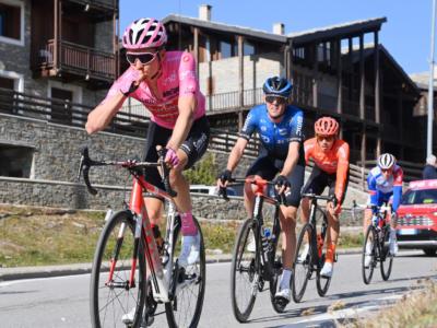 Percorso Giro d'Italia 2021, tutte le anticipazioni: partenza da Sud, quali montagne? Stelvio, Fauniera, Lussari. E Dante…