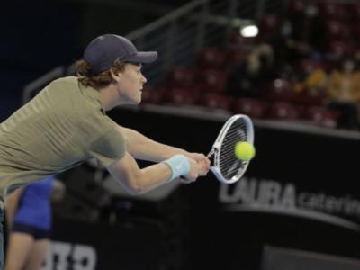 ATP Sofia 2020: la prima volta di Jannik Sinner. L'azzurro azzanna il primo trofeo: Pospisil sconfitto al tiebreak del 3° set