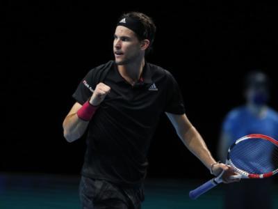 Tennis, ATP Finals 2020: Dominic Thiem vince una semifinale da brividi, batte Novak Djokovic al sesto match point