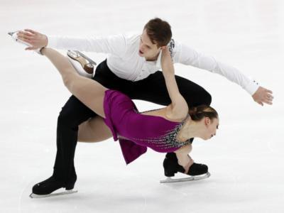 Pattinaggio artistico: Boikova-Kozlovskii al comando dopo lo short ai Mondiali 2021, undicesimi Della Monica-Guarise