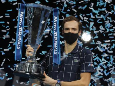 """Tennis, Daniil Medvedev: """"Ringrazio Davydenko per essere stato un'ispirazione. E' un piacere giocare contro Djokovic, Nadal e Federer"""""""