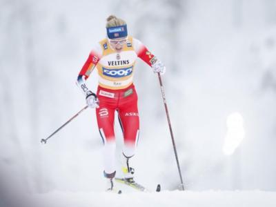 Sci di fondo, Therese Johaug subito implacabile nella 10 km di Ruka. Azzurre fuori dalla zona punti