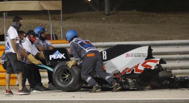 F1, GP Bahrain 2020: inchiesta lunga sull'incidente di Romain Grosjean, cambiano le barriere a Sakhir