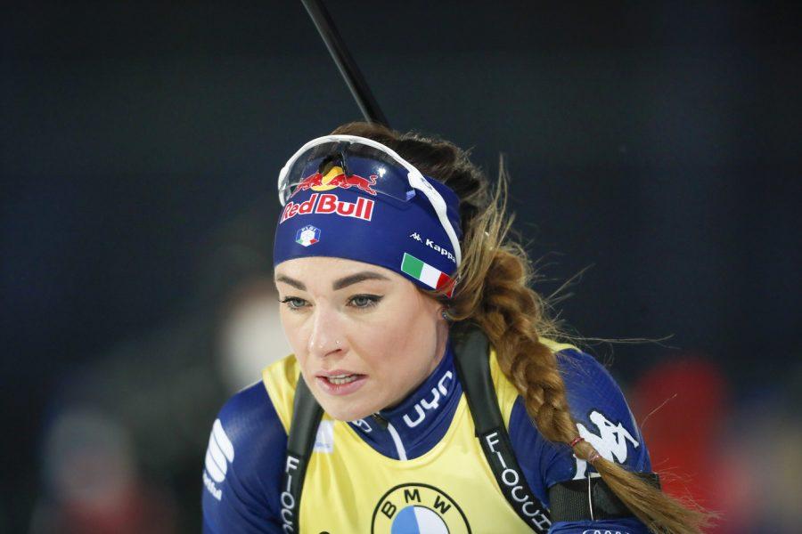 LIVE Biathlon, Mass start femminile Oberhof in DIRETTA: Dorothea Wierer in testa dopo il primo poligono!