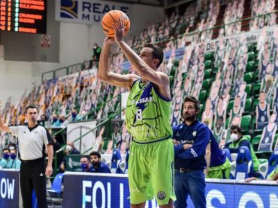 LIVE Trento-Dinamo Sassari 92-78, Serie A basket 2021 in DIRETTA: la Dolomiti Energia torna alla vittoria in campionato