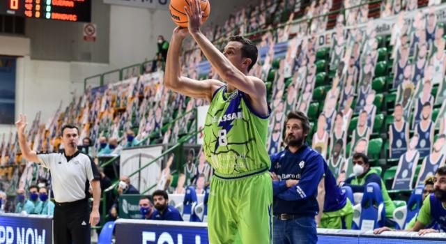 LIVE Trento-Dinamo Sassari 92-78, Serie A basket 2021 in ...