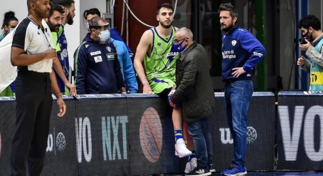 Basket: tegola Dinamo Sassari, Vasa Pusica out per rottura del legamento crociato del ginocchio destro