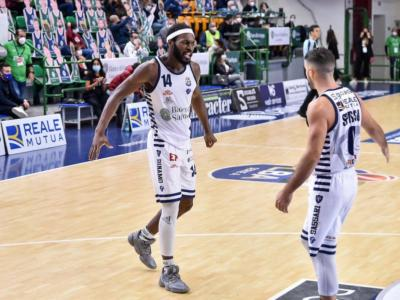 Basket, Champions League 2020-2021: Sassari difende la seconda posizione nel match contro il Galatasaray