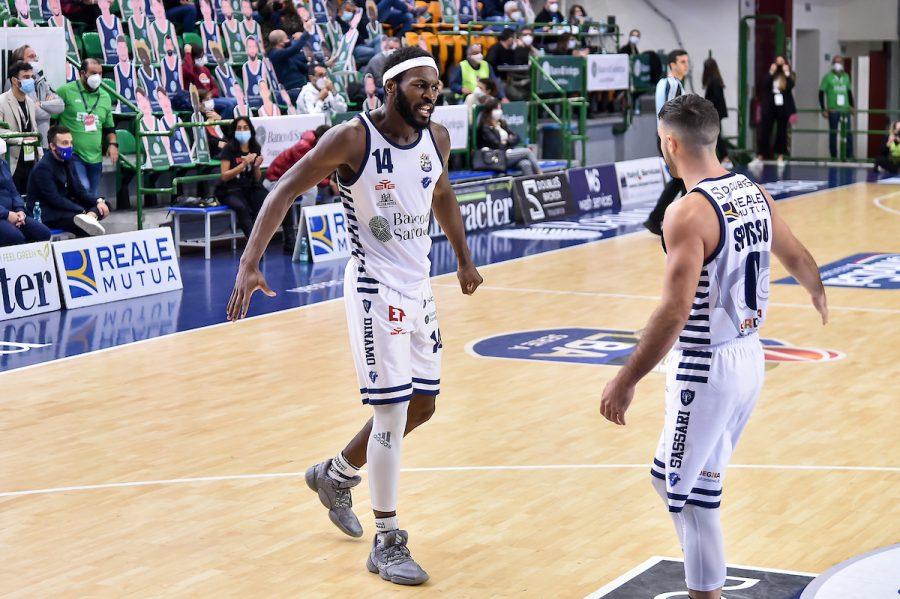 Basket, Serie A 2020 2021: la Dinamo Sassari vince in casa di Brindisi