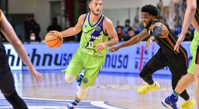 Basket, Champions League 2020-2021: Dinamo Sassari in cerca del bis contro l'Iberostar Tenerife