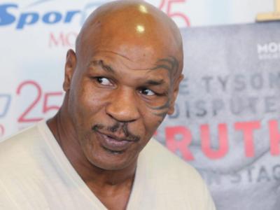 """Mike Tyson torna sul ring e ricorda Maradona: """"Nel 1986 vincemmo i nostri Mondiali. Era uno dei miei eroi"""""""