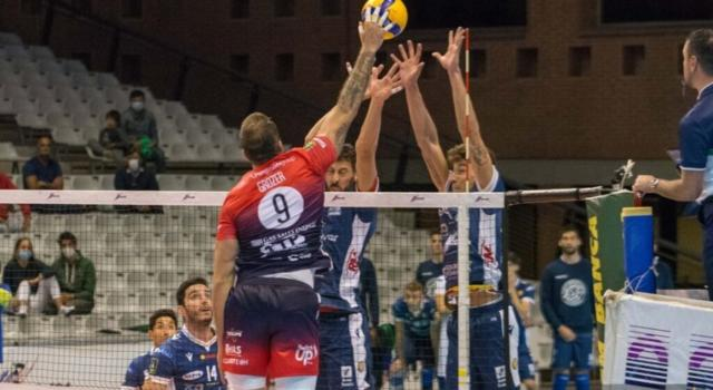 Volley, Playoff SuperLega: Piacenza ai quarti, Milano-Verona si decide alla bella
