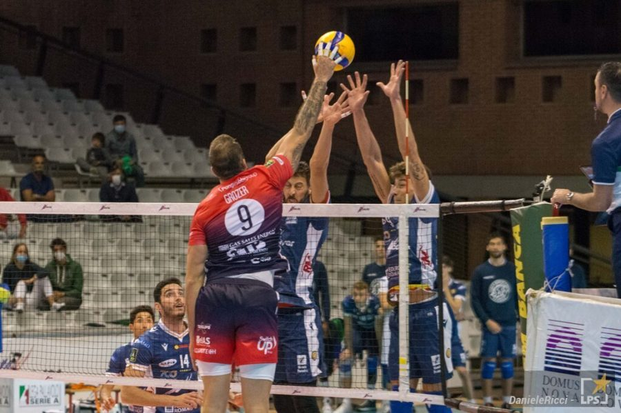 Volley, Playoff SuperLega: Piacenza ai quarti, Milano Verona si decide alla bella