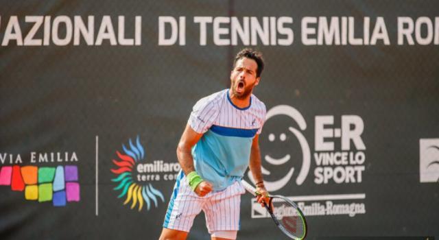Tennis, ATP Sofia 2020: Salvatore Caruso soffre, ma batte in rimonta Kuzmanov e prenota Auger-Aliassime