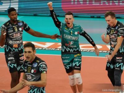 Volley, SuperLega: Perugia batte Milano 3-1 e torna in testa alla classifica. Leon implacabile
