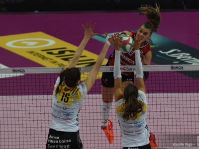 Volley femminile, serie A1 recuperi 8. giornata: Busto soffre ma riparte da Perugia: 3-2. Cuneo ok al tie break con Brescia