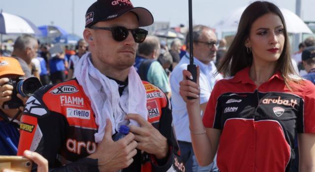 MotoGP, l'Aprilia pensa a Chaz Davies come sostituto di Andrea Iannone
