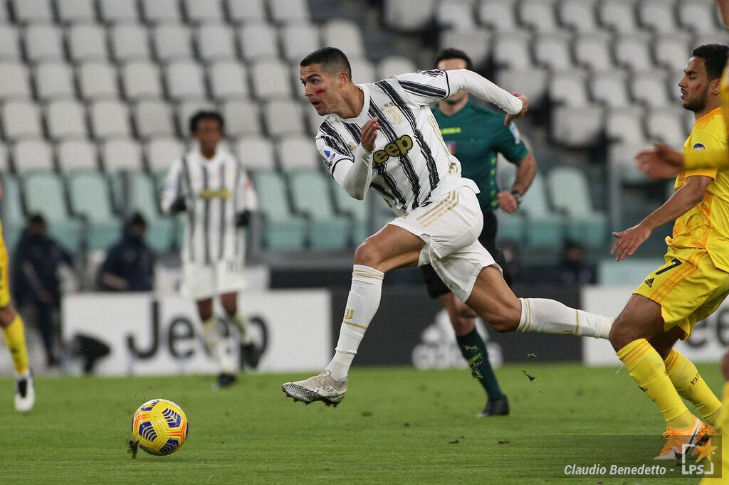 LIVE Juventus Ferencvaros 0 1, Champions League in DIRETTA: Uzuni regala il vantaggio agli ungheresi, bianconeri al piccolo passo