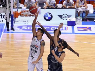 Basket, Serie A: Brindisi travolgente contro quel che resta della Fortitudo Bologna