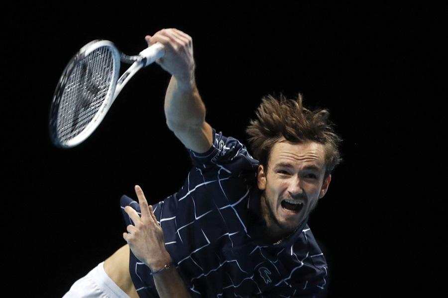 ATP Finals 2020 |  Daniil Medvedev sconfigge in rimonta Rafael Nadal e raggiunge da imbattuto la Finale
