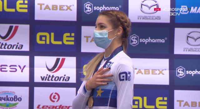 VIDEO Ciclismo su pista, Europei 2020: la magnifica rimonta d'oro di Martina Fidanza nello scratch