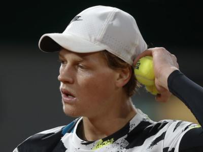 """Tennis, Jannik Sinner: """"Preferisco vittorie di questo tipo che un 6-1 6-1. Voglio essere un esempio per i bambini"""""""