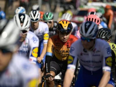 DIRETTA Vuelta a España 2020 LIVE: Mattia Cattaneo ripreso a 3 km dall'arrivo, Roglic resta in vetta, Carapaz a 39″