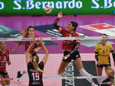 Volley femminile, Serie A1: Cuneo batte Chieri al tie-break nell'unico match di Santo Stefano
