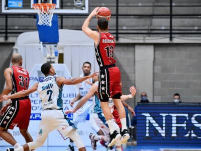 """Basket, l'Eurolega chiarisce i rinvii delle partite di Milano: """"Falsi positivi tra le fila dell'Olimpia"""""""