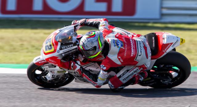 Moto2, risultati qualifiche GP Valencia 2020: Stefano Manzi centra una pole storica, Bezzecchi 3°, Marini 10°, Bastianini 12°, un acciaccato Lowes è 18°