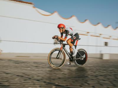 Ciclismo, nuova avventura per Edward Ravasi nella EOLO-Kometa di Basso e Contador