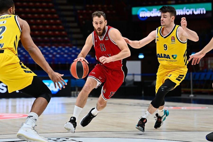 Basket, l'Olimpia Milano asfalta l'Alba Berlino nel recupero di Eurolega 2020 2021