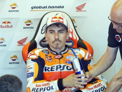 "MotoGP, Jorge Lorenzo stuzzica Crutchlow dopo la sua caduta nei test a Losail: ""L'avevo detto"". Jack Miller risponde"
