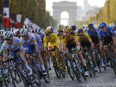 """Ciclismo, Richard Plugge della Jumbo Visma: """"180 giorni di gare sono troppi, limitiamoli a 120"""""""