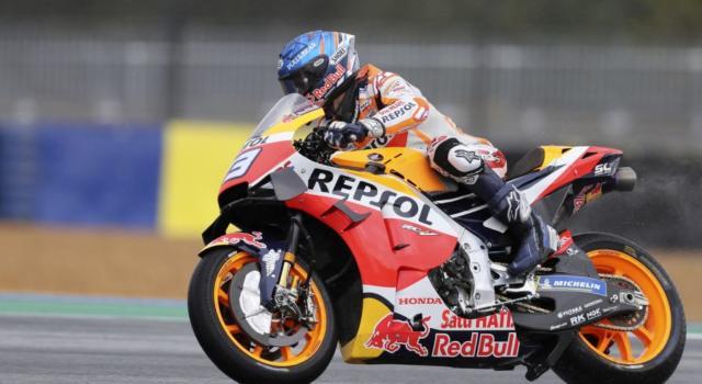 """MotoGP, Alex Marquez: """"Marc starà fuori dai 3 ai 6 mesi dopo l'ultima operazione, mentalmente è tranquillo"""""""