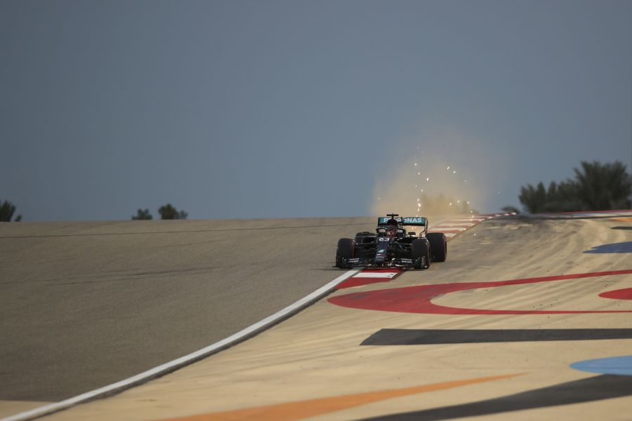 F1, George Russell rifila la prima 'bastonata' a Valtteri Bottas. Il finlandese è sulla graticola