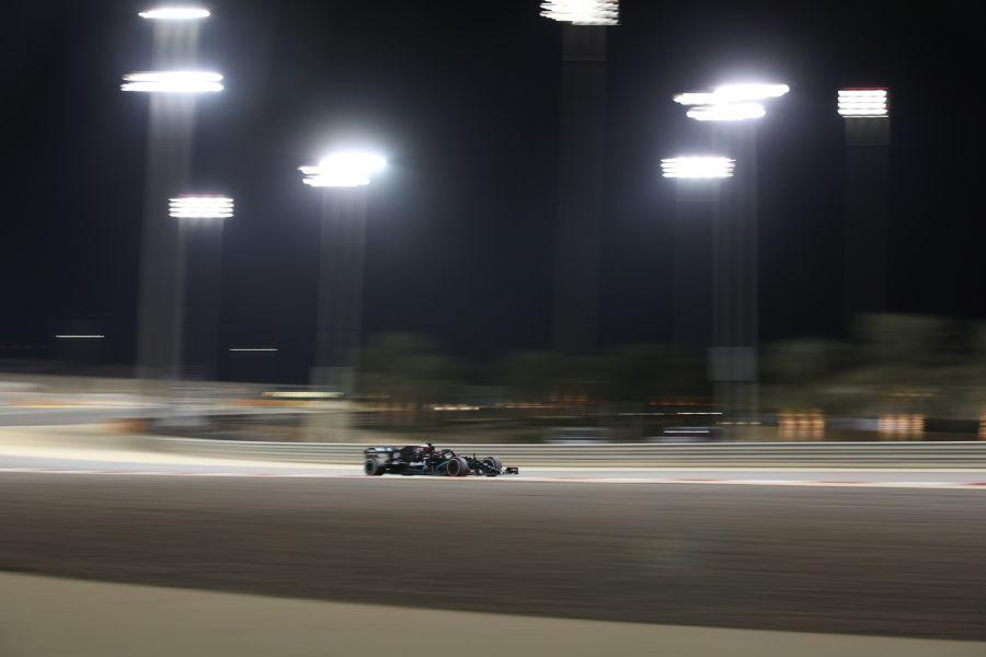 F1, GP Sakhir 2020: la classifica delle prove libere del venerdì. Svetta Russell davanti a un ottimo Verstappen, grande fatica per la Ferrari