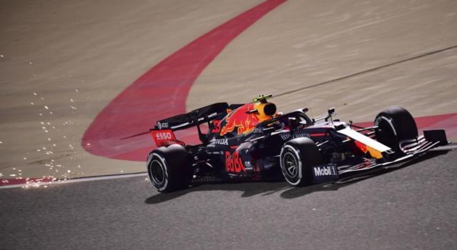 F1, risultati e classifica FP3 GP Abu Dhabi: Red Bull davanti con Max Verstappen. 12° Leclerc, 14° Vettel