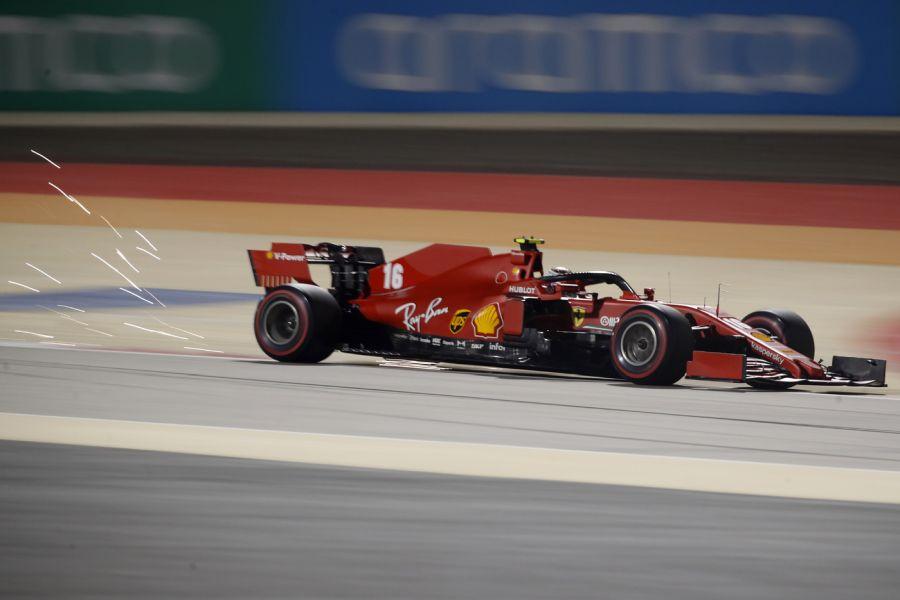 Ferrari, Leclerc sorride: