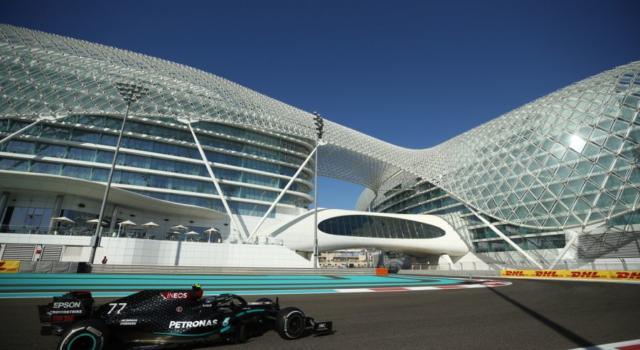 F1, risultati FP2 GP Abu Dhabi 2020: Bottas è il più rapido davanti a Hamilton, ma Verstappen impressiona sul passo. 8° Leclerc