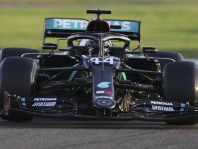 """F1, Lewis Hamilton: """"Ho perso sei chilogrammi negli ultimi due mesi"""""""