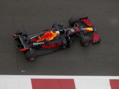 VIDEO F1, le emozioni del GP di Abu Dhabi: Verstappen batte le Mercedes. Vettel saluta la Ferrari