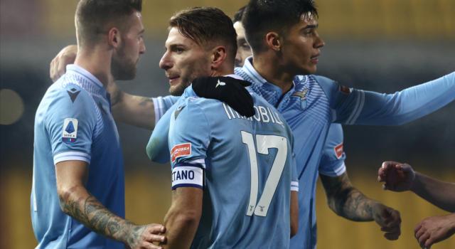 LIVE Lazio-Napoli 2-0, Serie A calcio in DIRETTA: biancocelesti cinici e organizzati! Gli azzurri privi di fantasia perdono sotto i colpi di Immobile e Luis Alberto. Pagelle e highlights