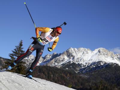 Biathlon, Peiffer ruggisce nella mass start di Hochfielzen 2020, beffando Ponsiluoma. Hofer 14esimo