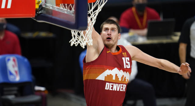 NBA 2020-2021: Nikola Jokic trascina Denver al successo su Phoenix dopo due overtime, i Nets battono gli Heat nonostante 41 punti di Adebayo