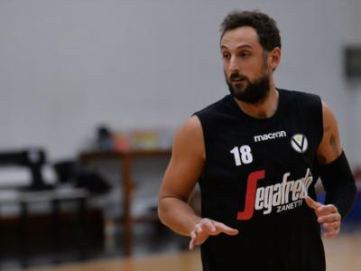 LIVE Virtus Bologna-Dinamo Sassari 78-83, Serie A basket in DIRETTA: il Banco espugna la Virtus Arena, rinviato il debutto di Marco Belinelli
