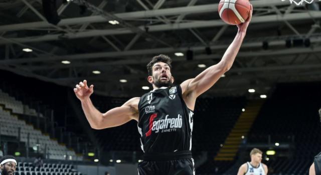 LIVE Trieste-Virtus Bologna 60-77, Serie A basket in DIRETTA: la Segafredo passa all'Allianz Dome e sale al terzo posto in classifica