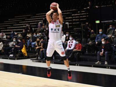 """Basket: Reggio Emilia taglia Janis Blums, ma non prevede un ricambio. Il giocatore: """"Mai successo in 22 anni, ma non ho rancore. Vorrei l'A2"""""""