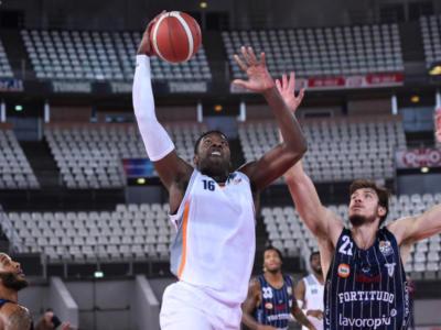 Basket: Dario Hunt firma con la Fortitudo Bologna